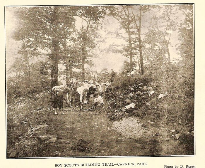 Boy Scouts in Carrick Park building trail 1914.jpg
