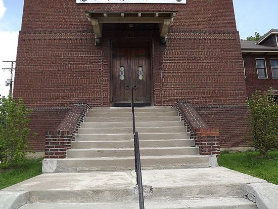 Passionist church entrance.jpg